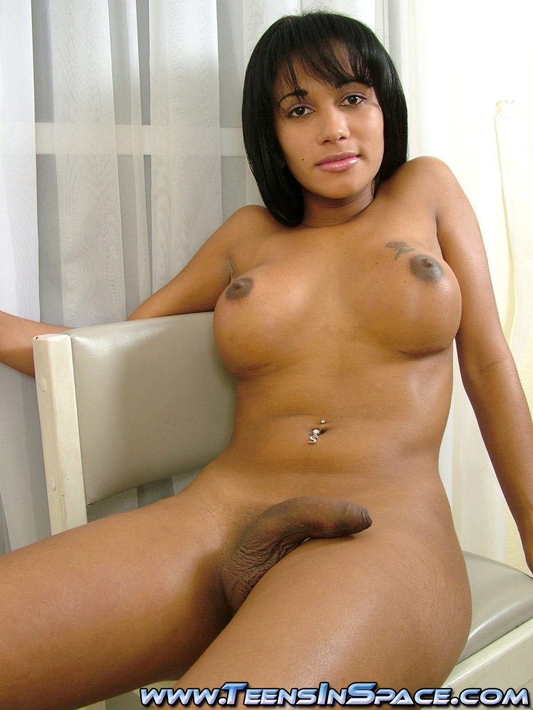Wild black sex tranny